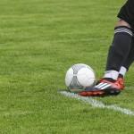 足のふくらはぎのつりを治す方法~試合中に足がつる原因と対処法~